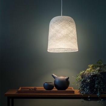Lamp Jupe parelgrijs met het licht aan